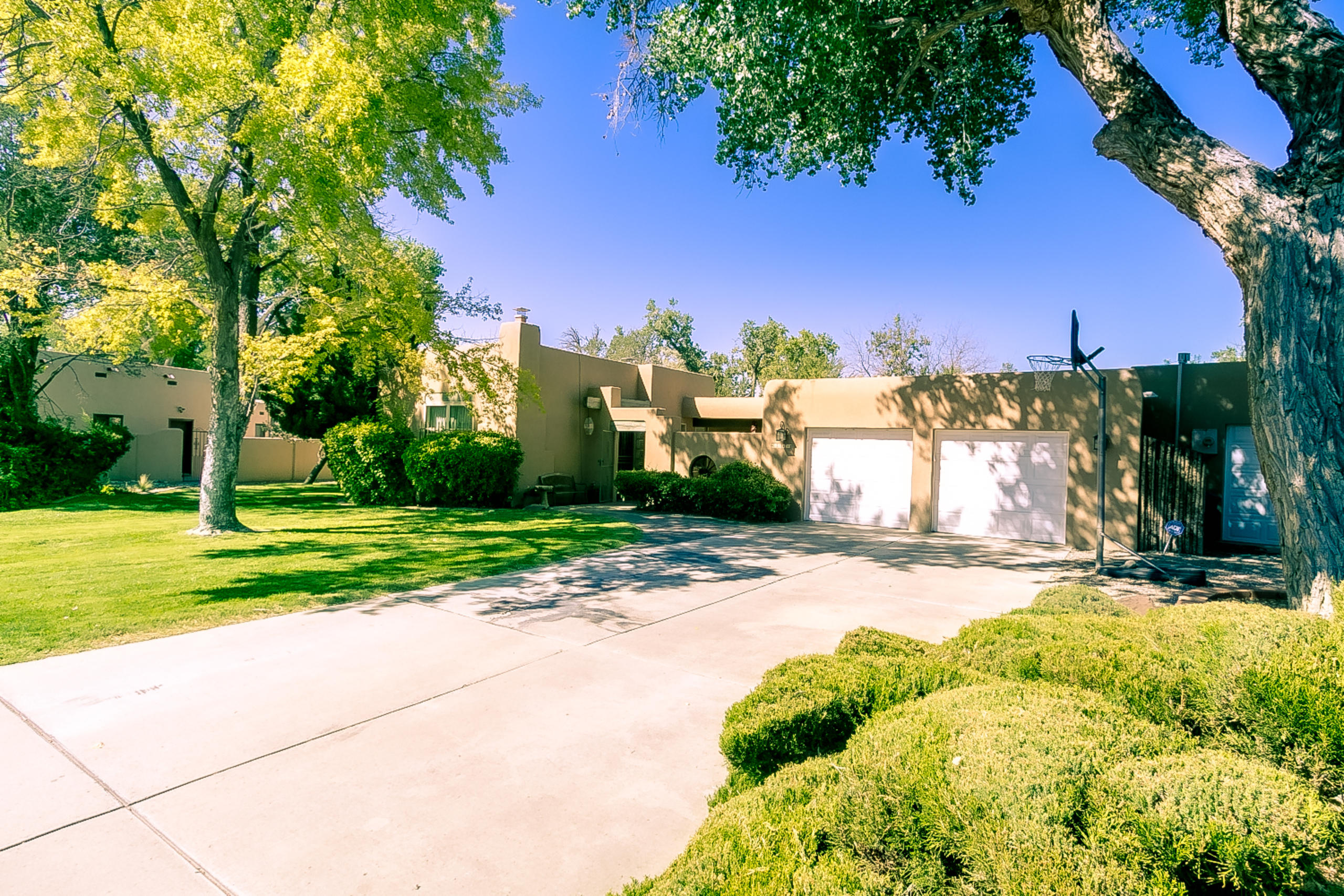 3243 CALLE DE DEBORAH NW Property Photo - Albuquerque, NM real estate listing