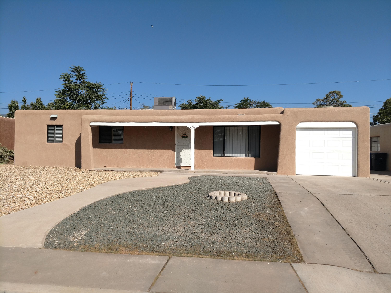 1706 Utah Street Ne Property Photo