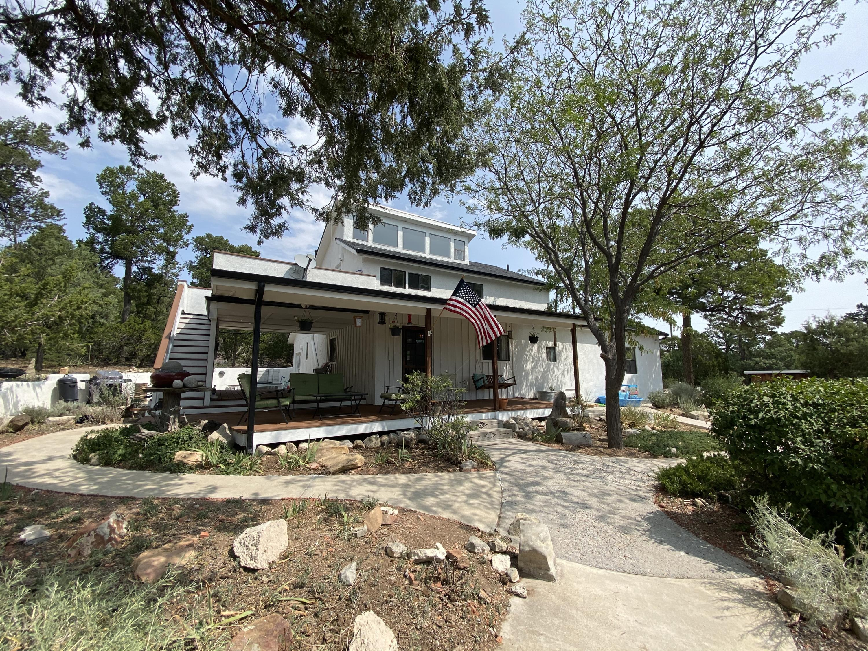 83 Whispering Pines Road Property Photo