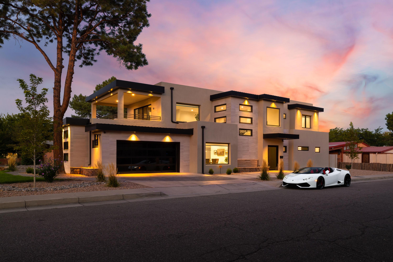 1725 ESCALANTE Avenue SW Property Photo - Albuquerque, NM real estate listing