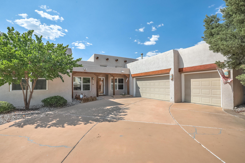 2715 PUEBLO GRANDE Trail NW Property Photo - Albuquerque, NM real estate listing