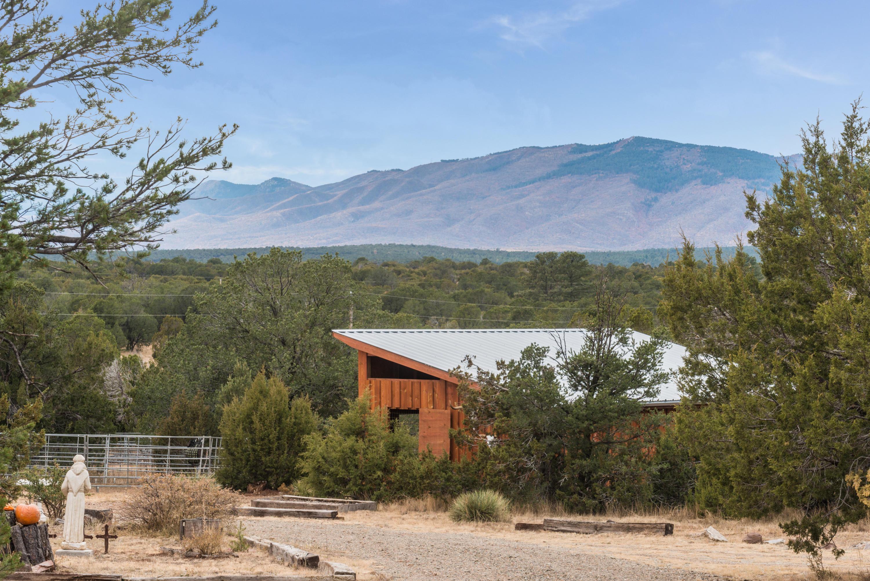 84 OAKWOOD Road Property Photo - Estancia, NM real estate listing