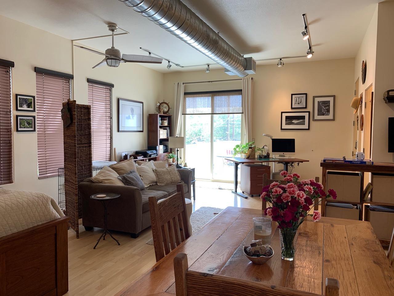 401 HIGH Street SE #8 Property Photo