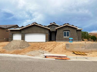 2668 La Luz Circle Ne Property Photo