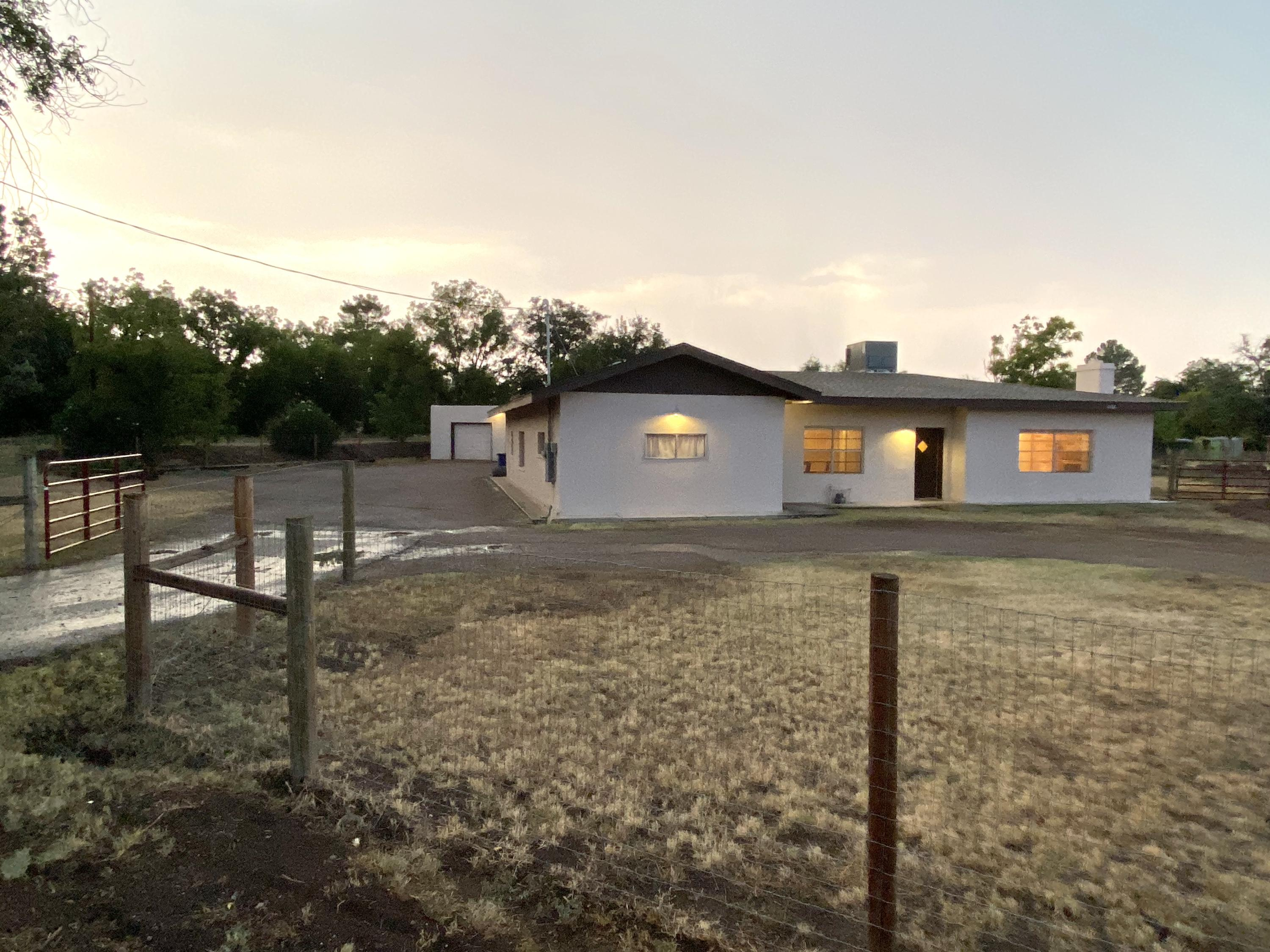 2138 Calle del Sur Property Photo - Mesilla, NM real estate listing