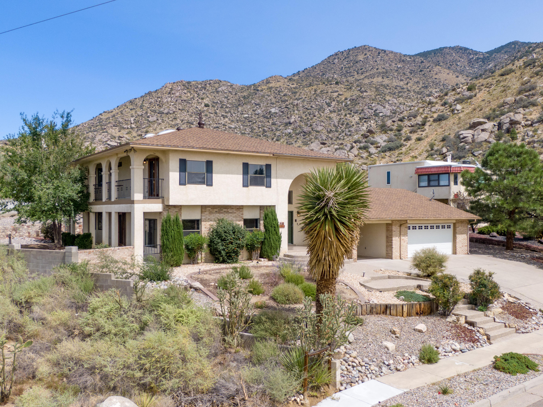 13315 TIERRA MONTANOSA Drive NE Property Photo - Albuquerque, NM real estate listing