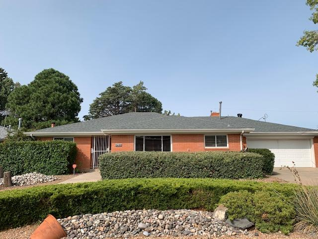 2921 Dallas Street NE Property Photo - Albuquerque, NM real estate listing