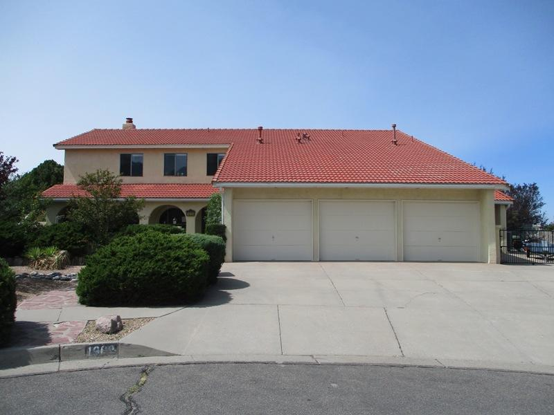 1809 Valdez Drive NE Property Photo - Albuquerque, NM real estate listing