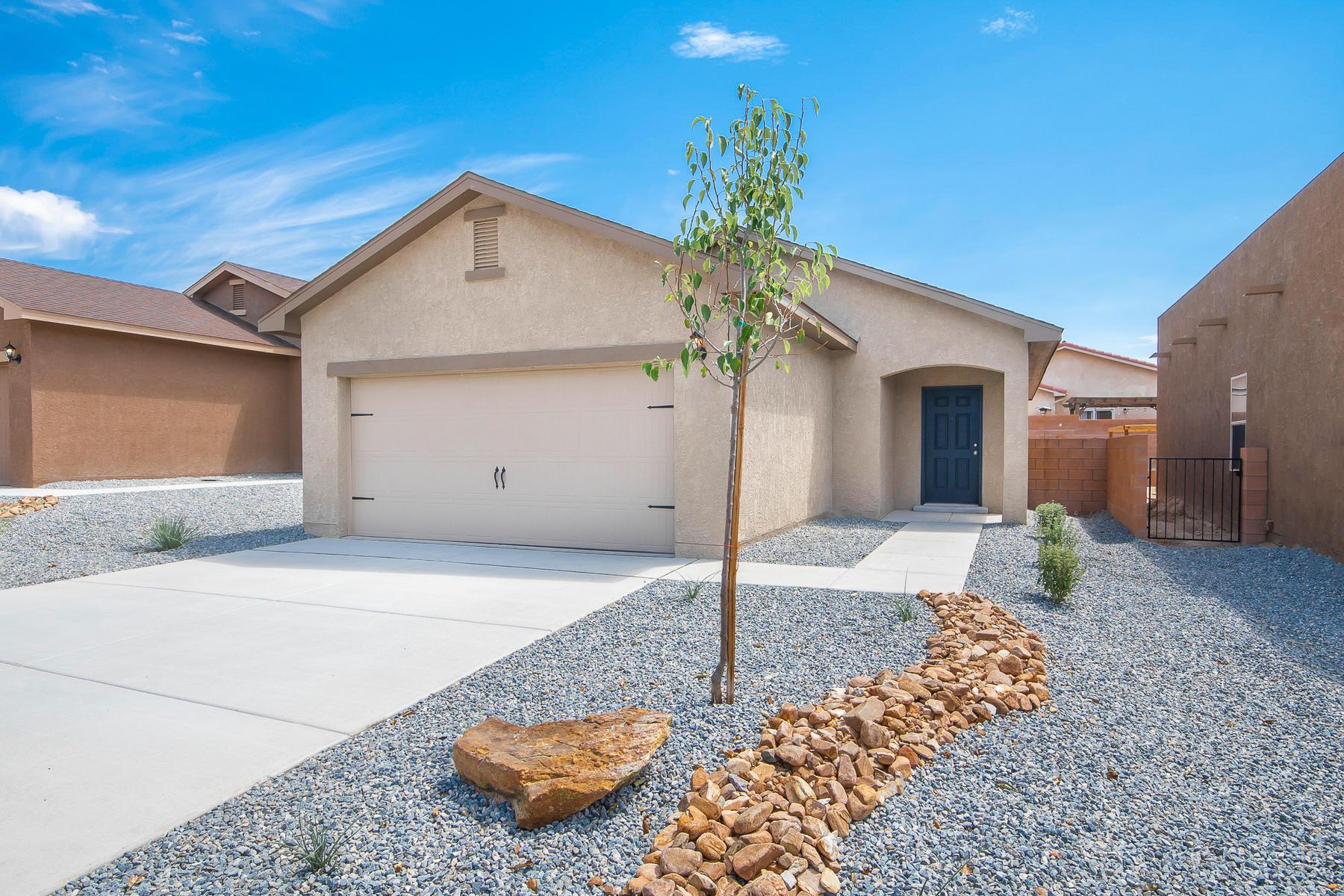 10056 Sacate Blanco Avenue SW Property Photo - Albuquerque, NM real estate listing
