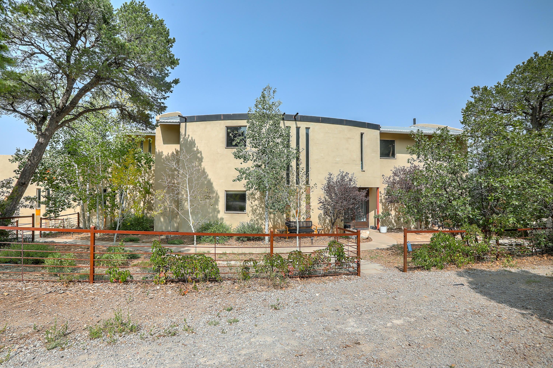 2 LA DOLCE VITA Place Property Photo - Tijeras, NM real estate listing