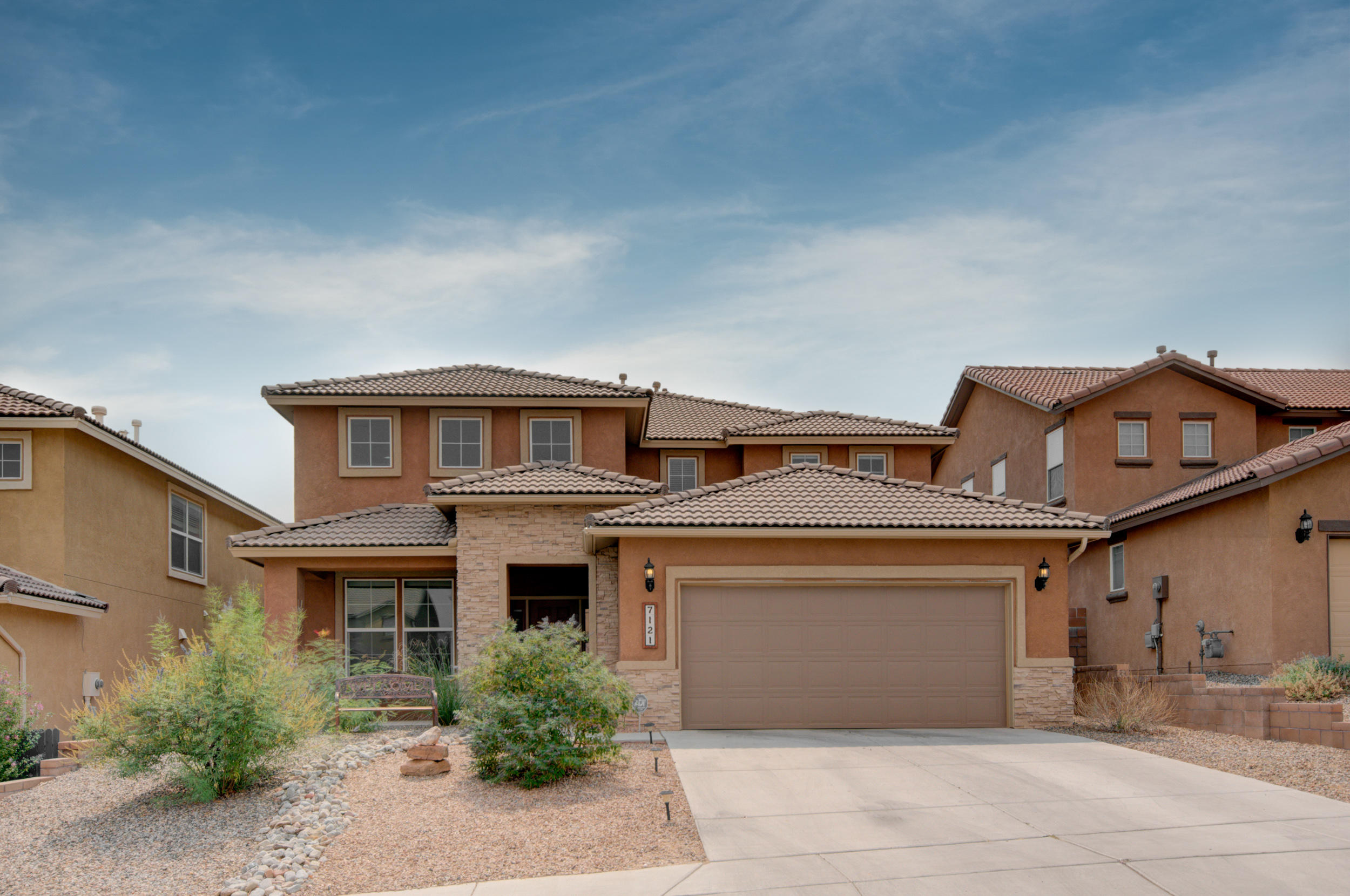 7121 Fairbanks Drive Ne Property Photo
