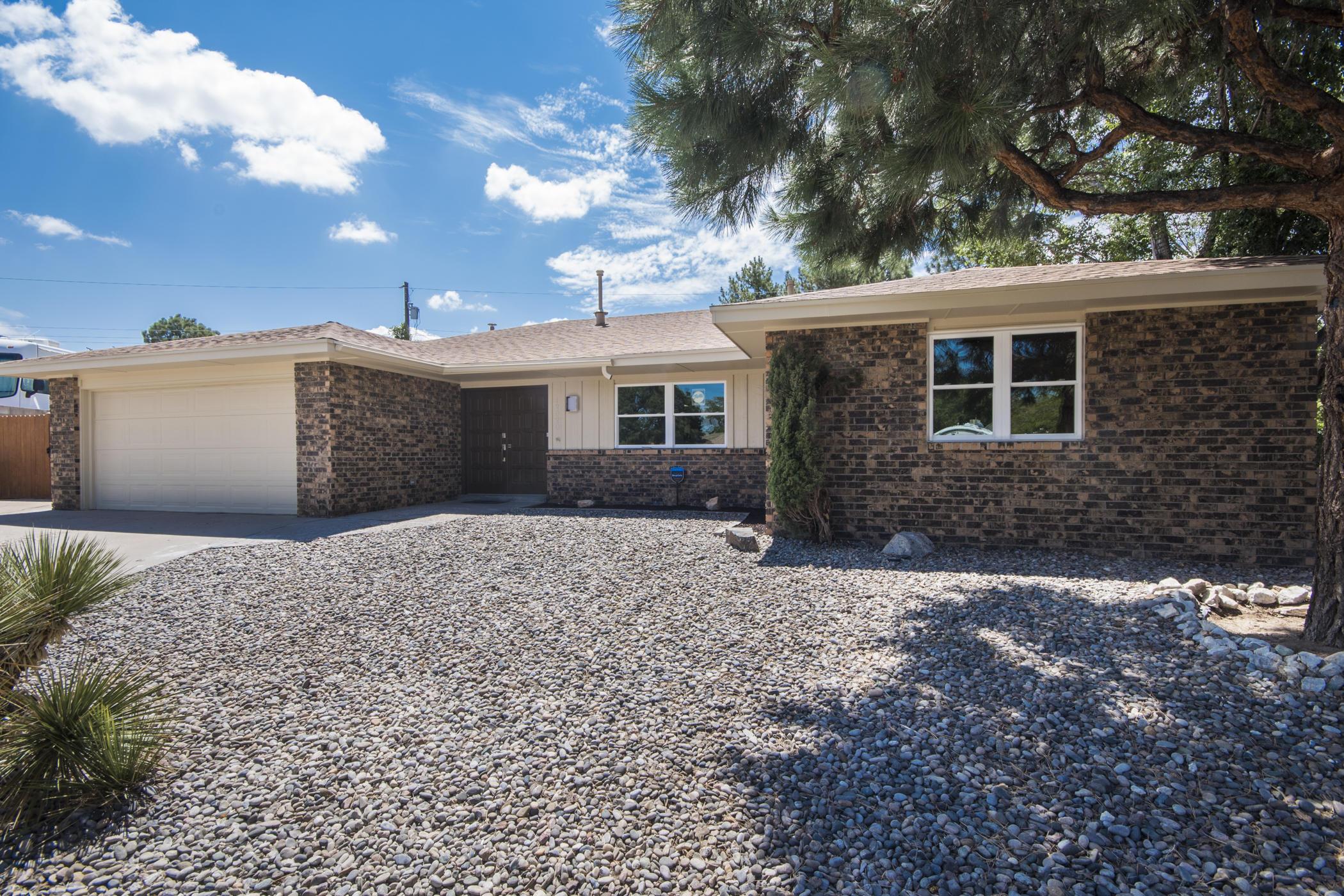 12020 DONNA Court NE Property Photo - Albuquerque, NM real estate listing