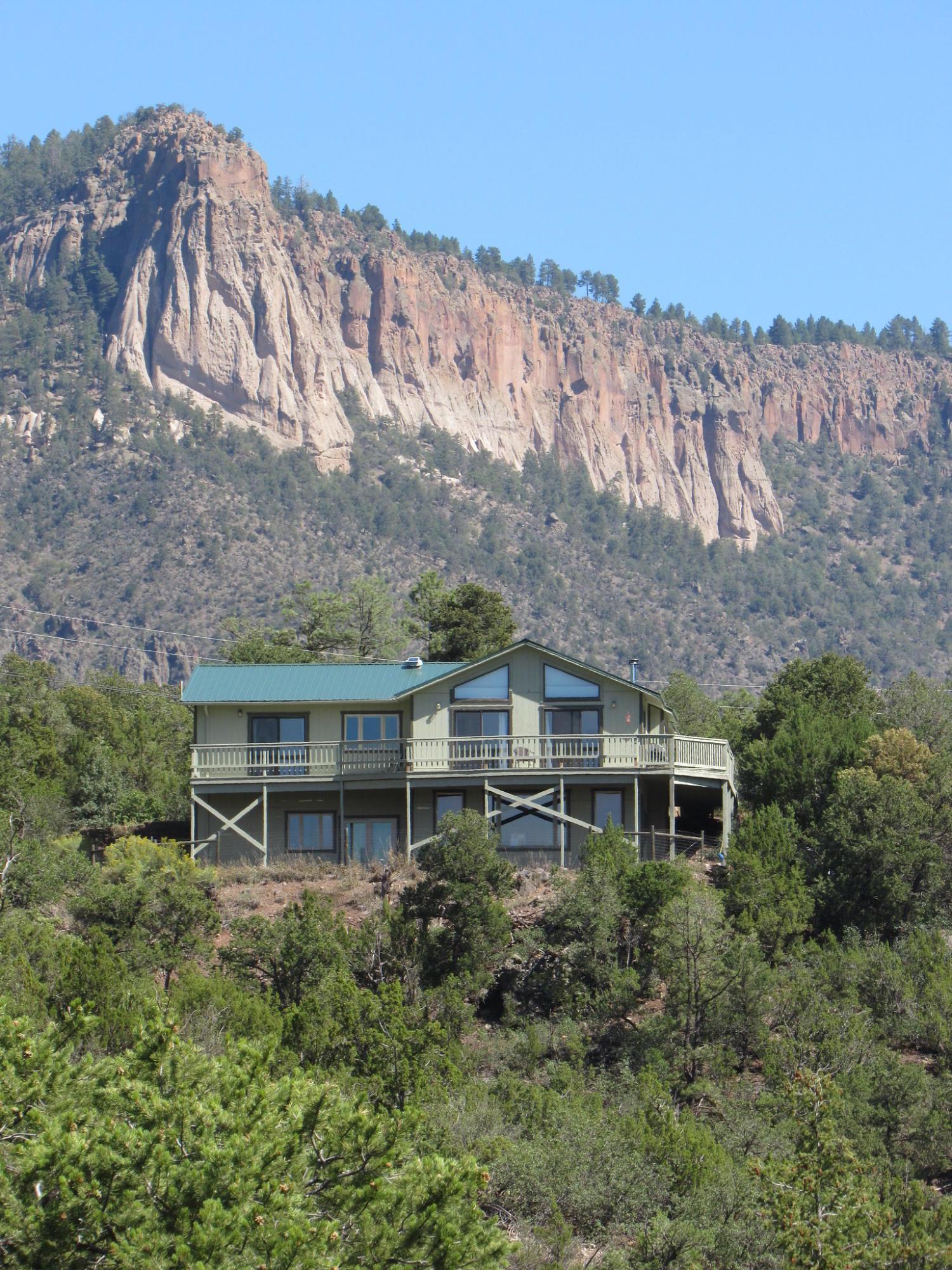 444 PONDEROSA Drive Property Photo - Jemez Springs, NM real estate listing