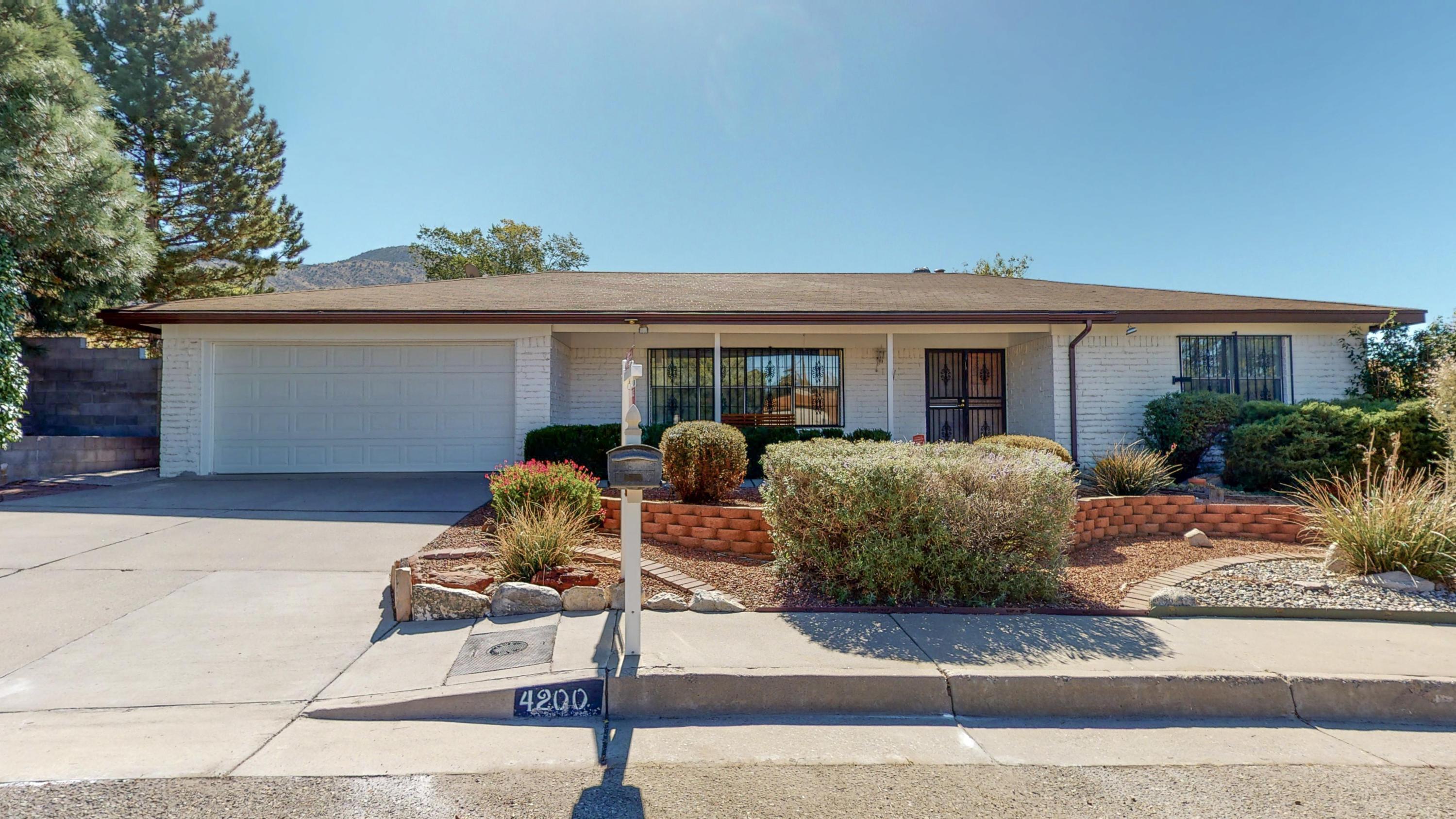 4200 LANDAU Street NE Property Photo - Albuquerque, NM real estate listing