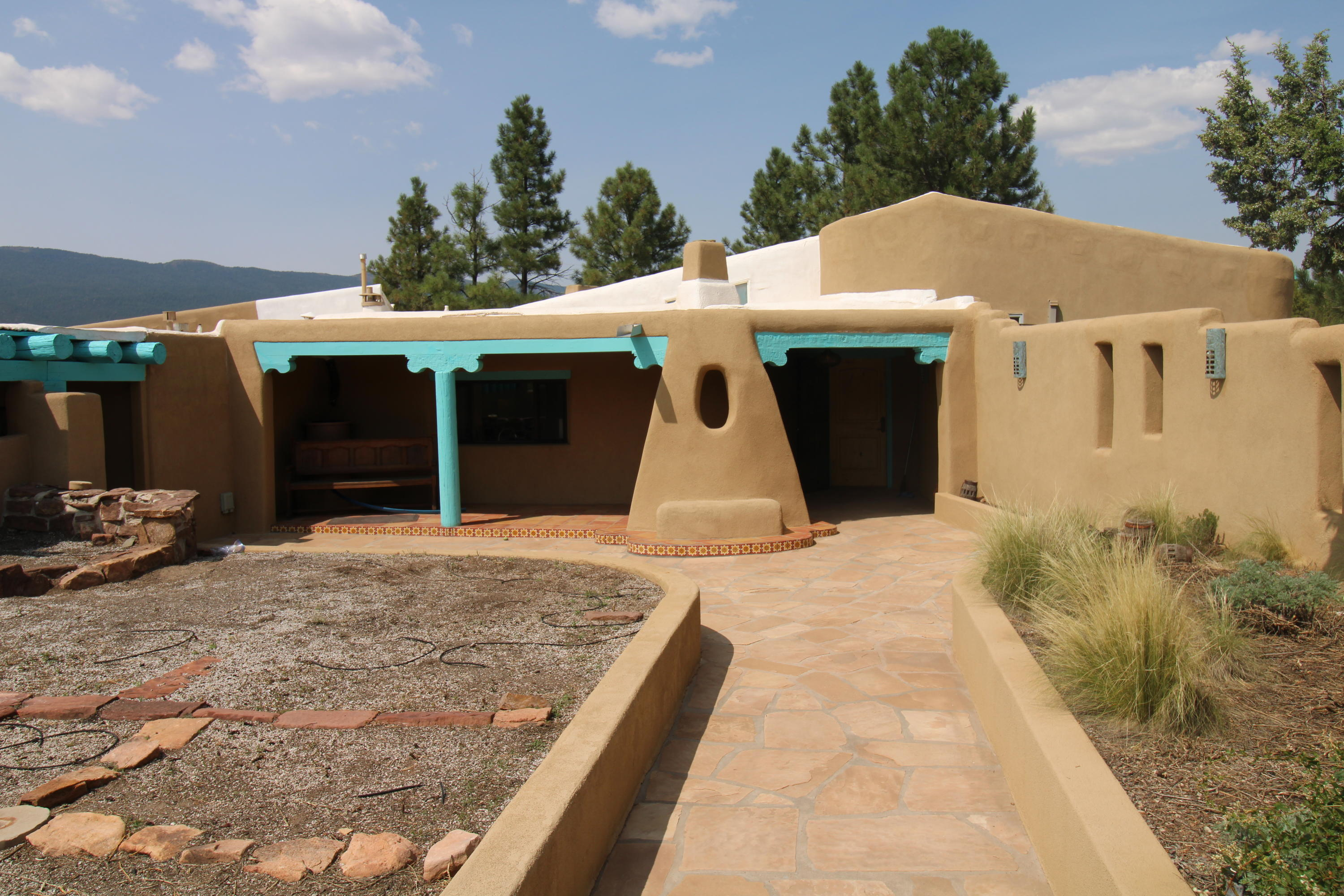 9 KENNEDY Lane Property Photo - Tijeras, NM real estate listing