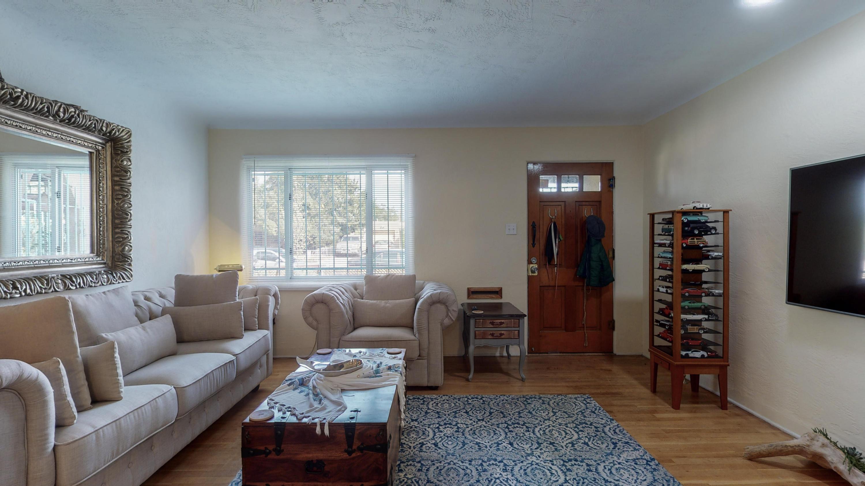 717 CARDENAS Drive SE Property Photo - Albuquerque, NM real estate listing