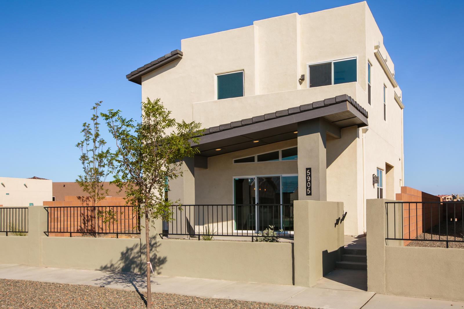 2608 O'keefe Se Property Photo