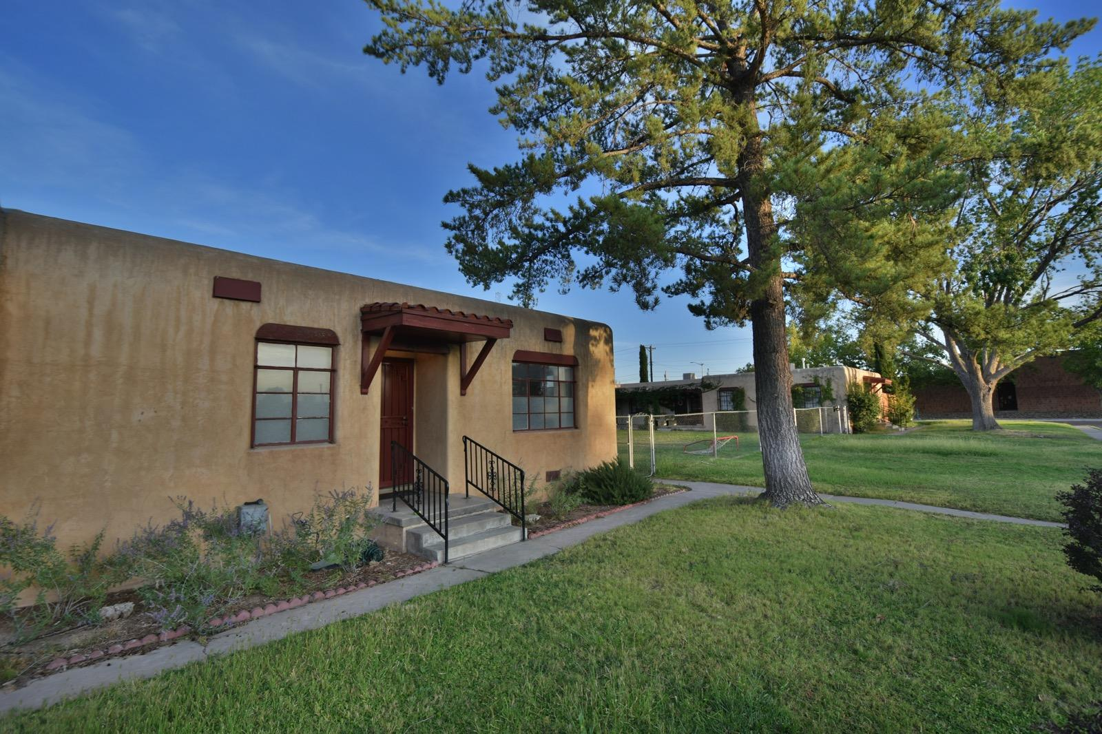 204 Madison Street NE Property Photo - Albuquerque, NM real estate listing
