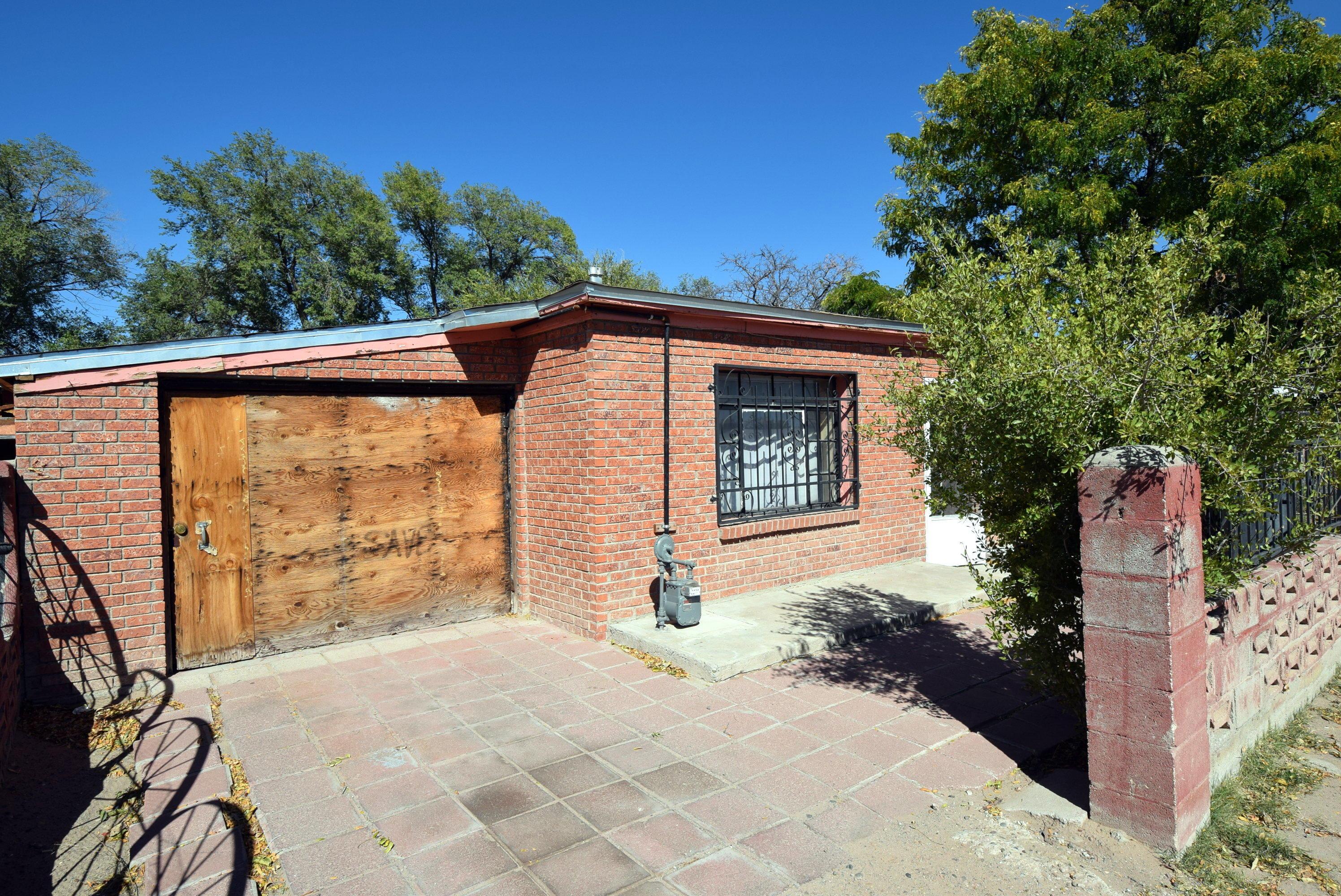 2603 RAMIREZ Road SW Property Photo - Albuquerque, NM real estate listing