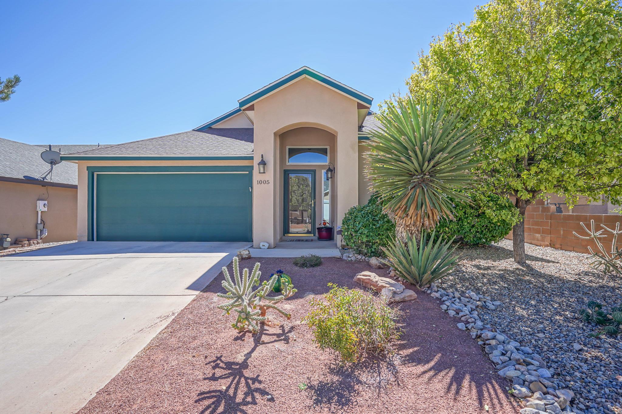 1005 REYNOSA Loop SE Property Photo - Rio Rancho, NM real estate listing