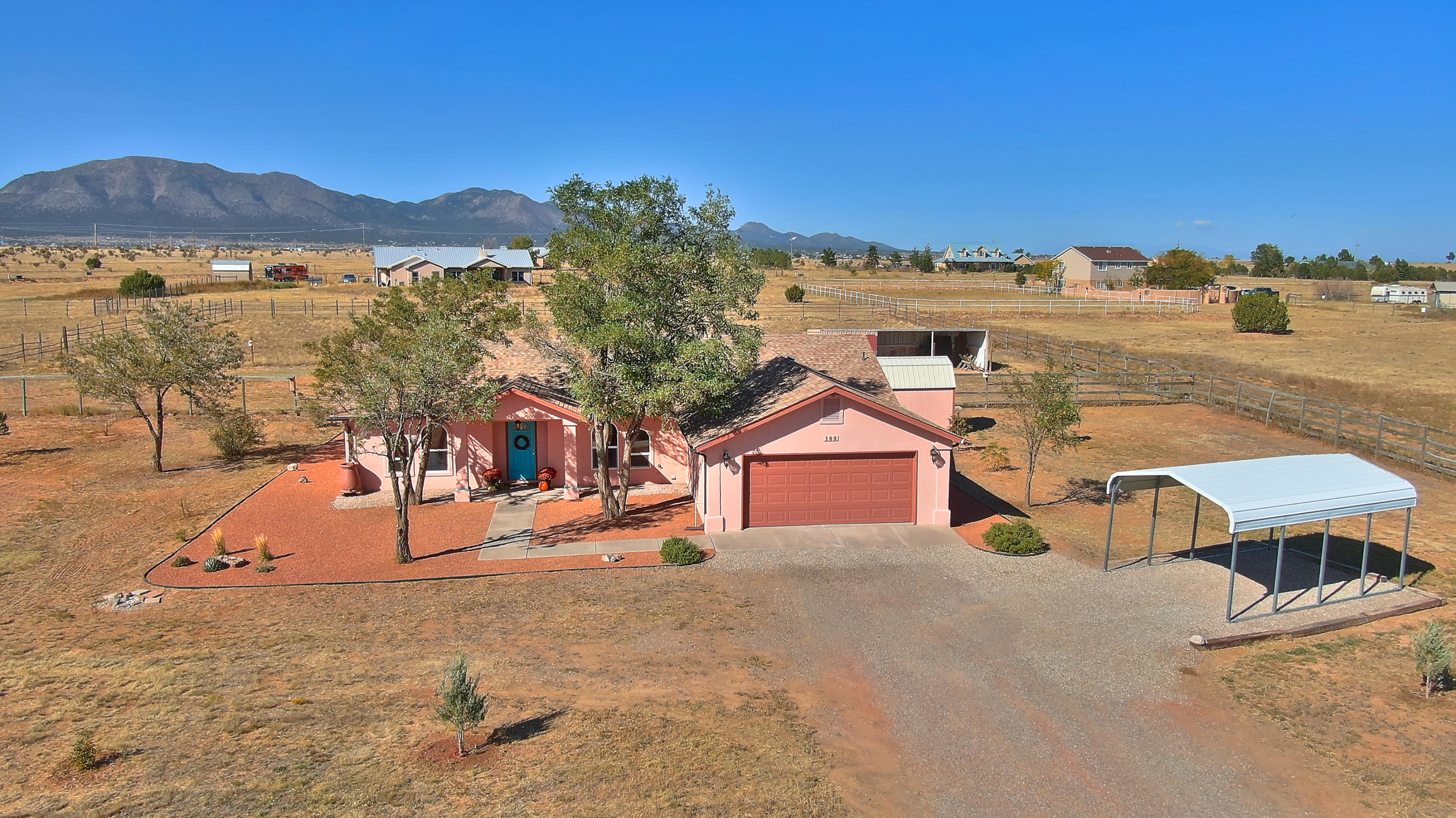109 El Cielo Azul Circle Property Photo - Edgewood, NM real estate listing