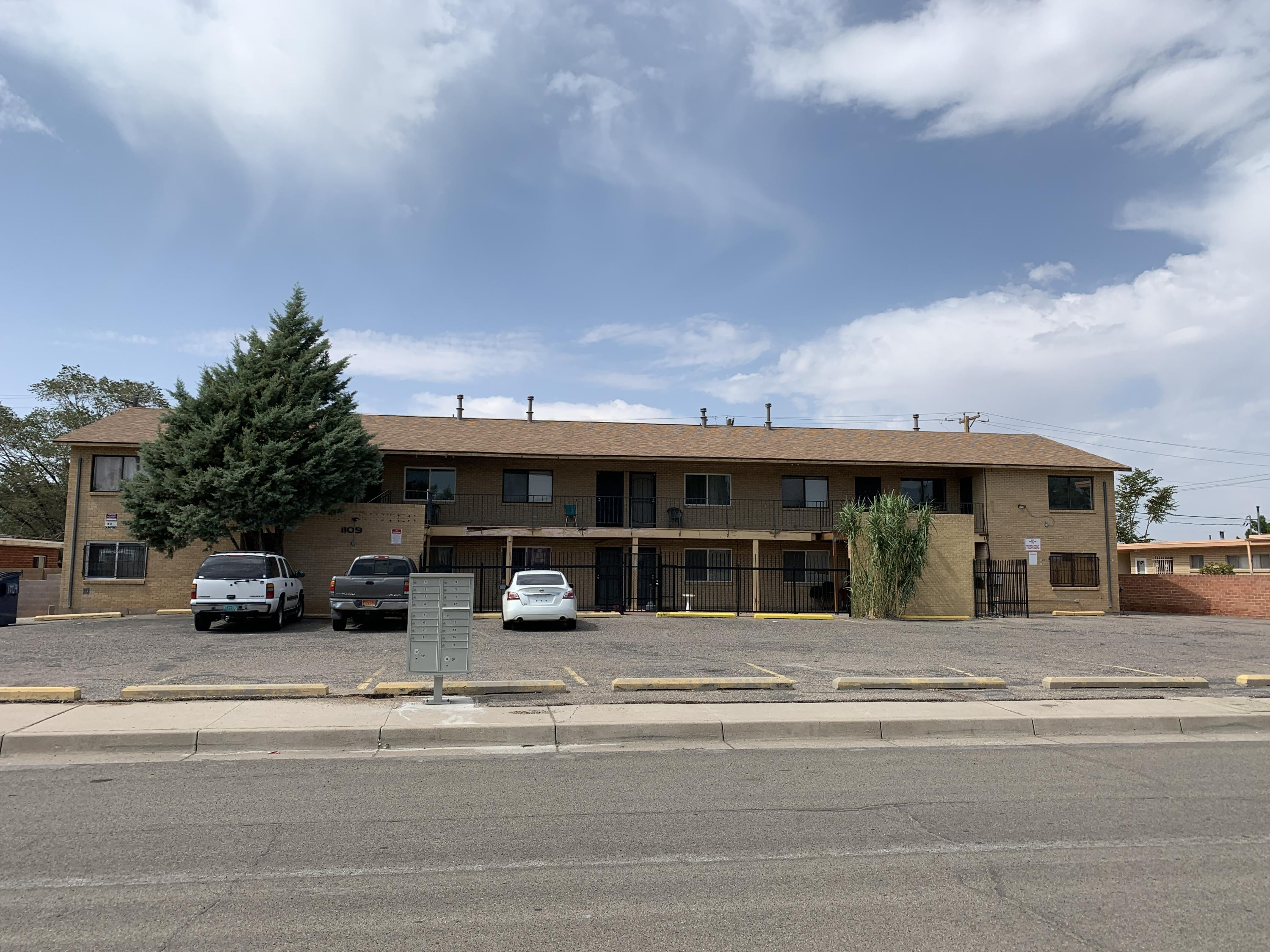 1109 ARIZONA Street SE Property Photo - Albuquerque, NM real estate listing