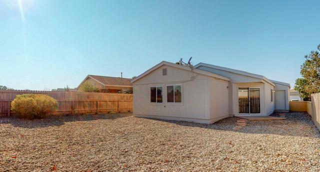 2345 High Desert Circle NE Property Photo