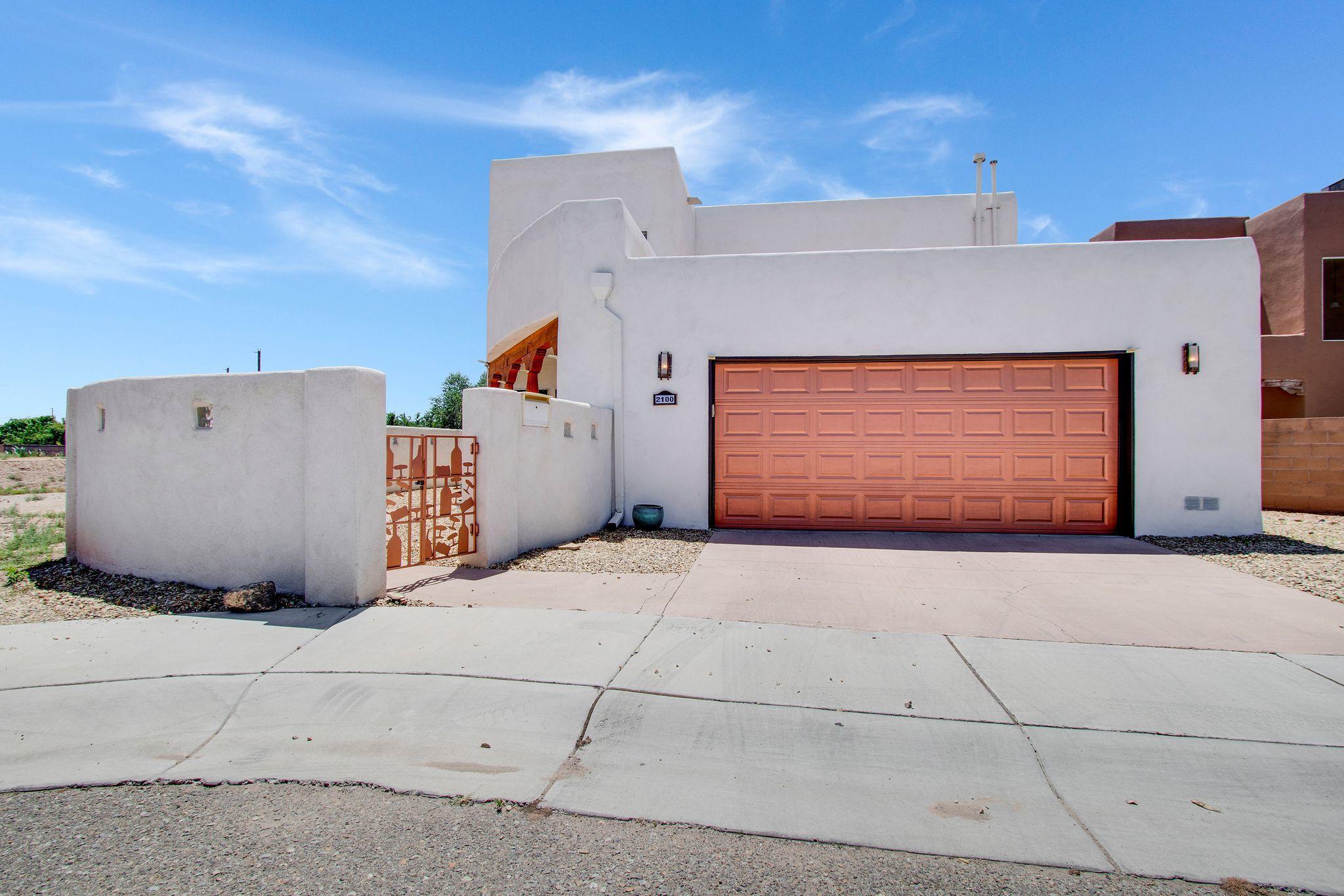 2100 San Venito Place Nw Property Photo