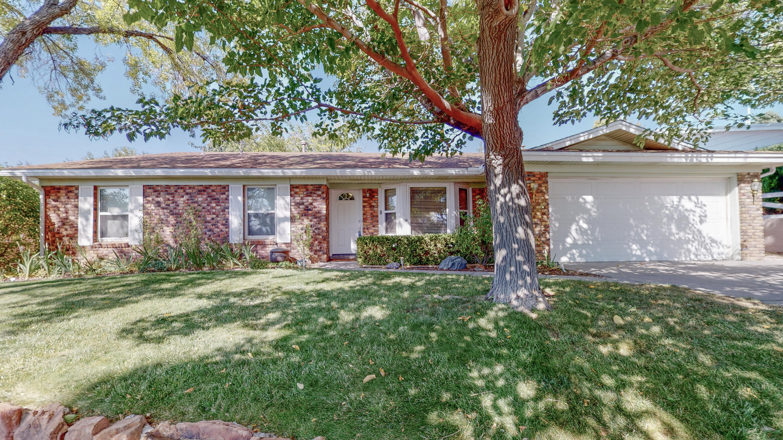 12421 REGENT Avenue NE Property Photo - Albuquerque, NM real estate listing