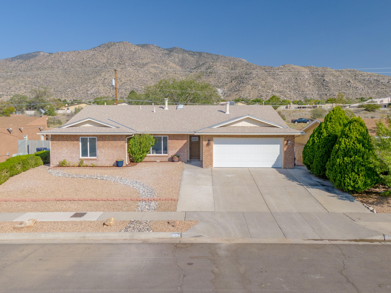 2604 EASTRIDGE Drive NE Property Photo - Albuquerque, NM real estate listing
