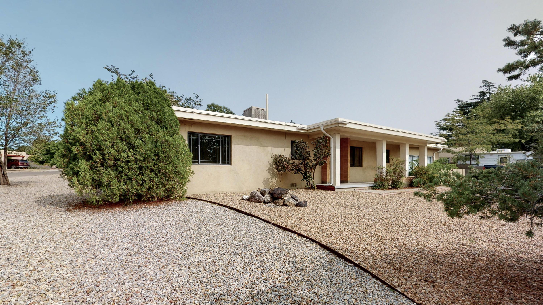 3700 La Hacienda Drive NE Property Photo - Albuquerque, NM real estate listing