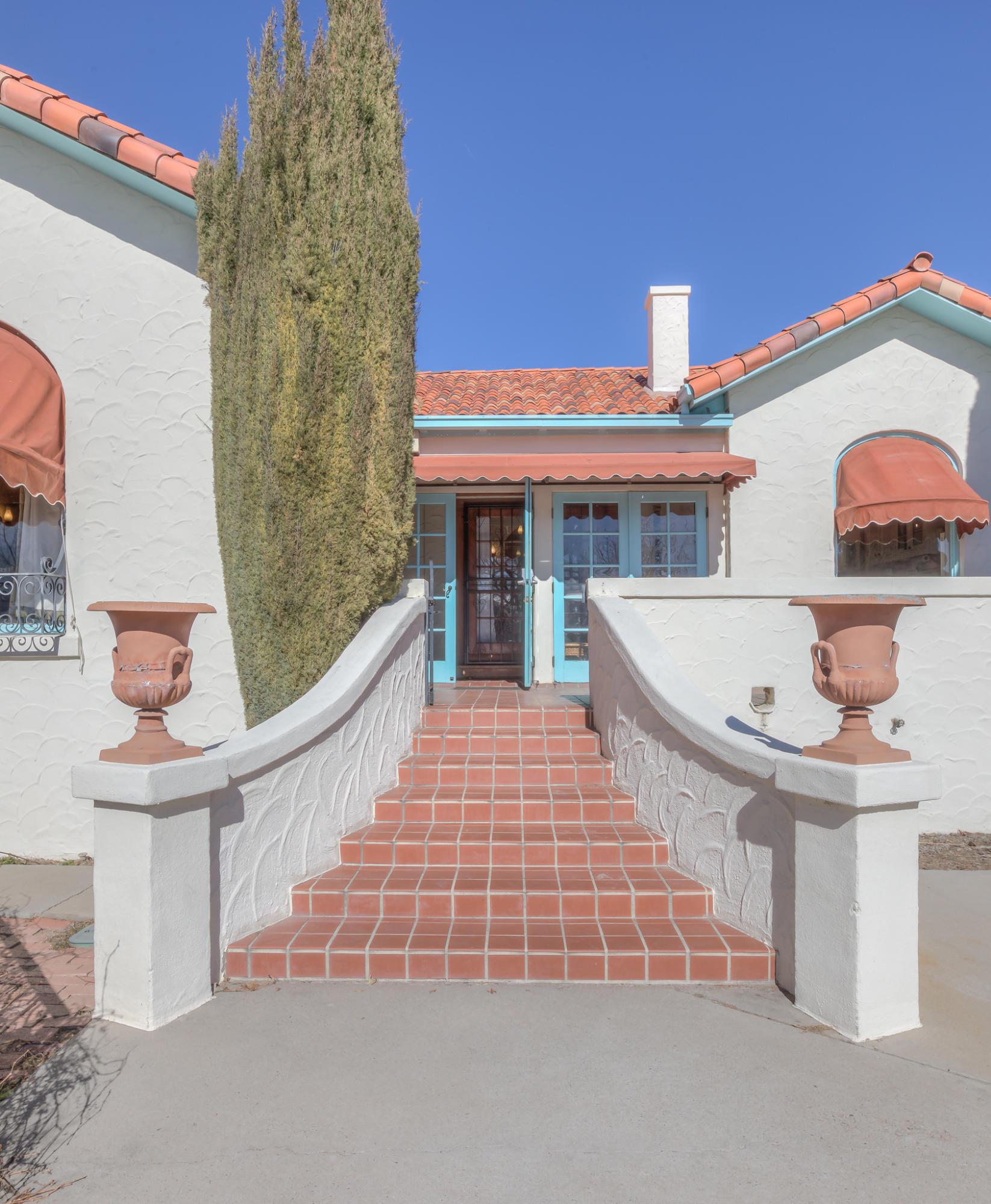 1523 Silver Avenue SE Property Photo - Albuquerque, NM real estate listing
