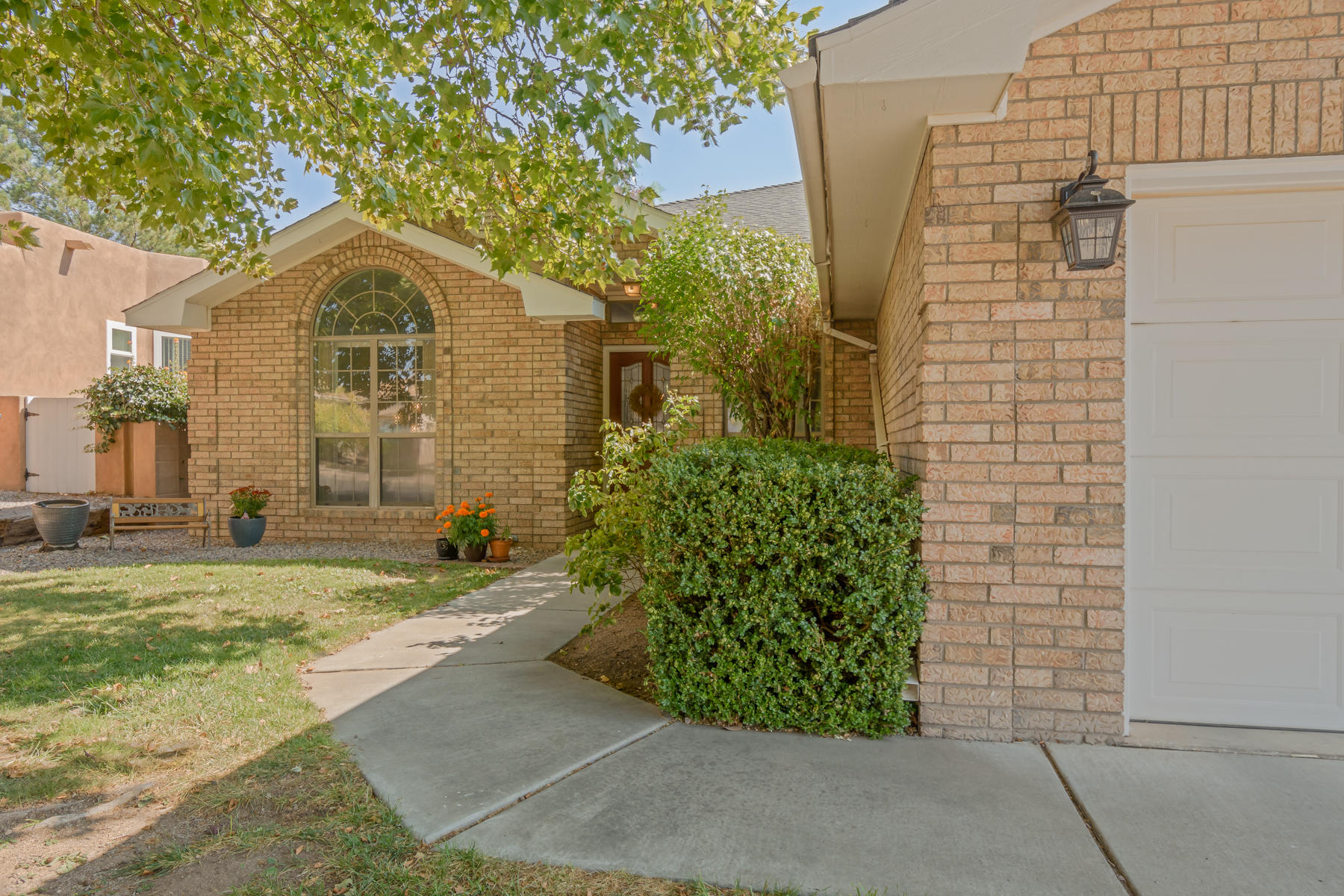 7816 VILLANUEVA Drive NE Property Photo - Albuquerque, NM real estate listing