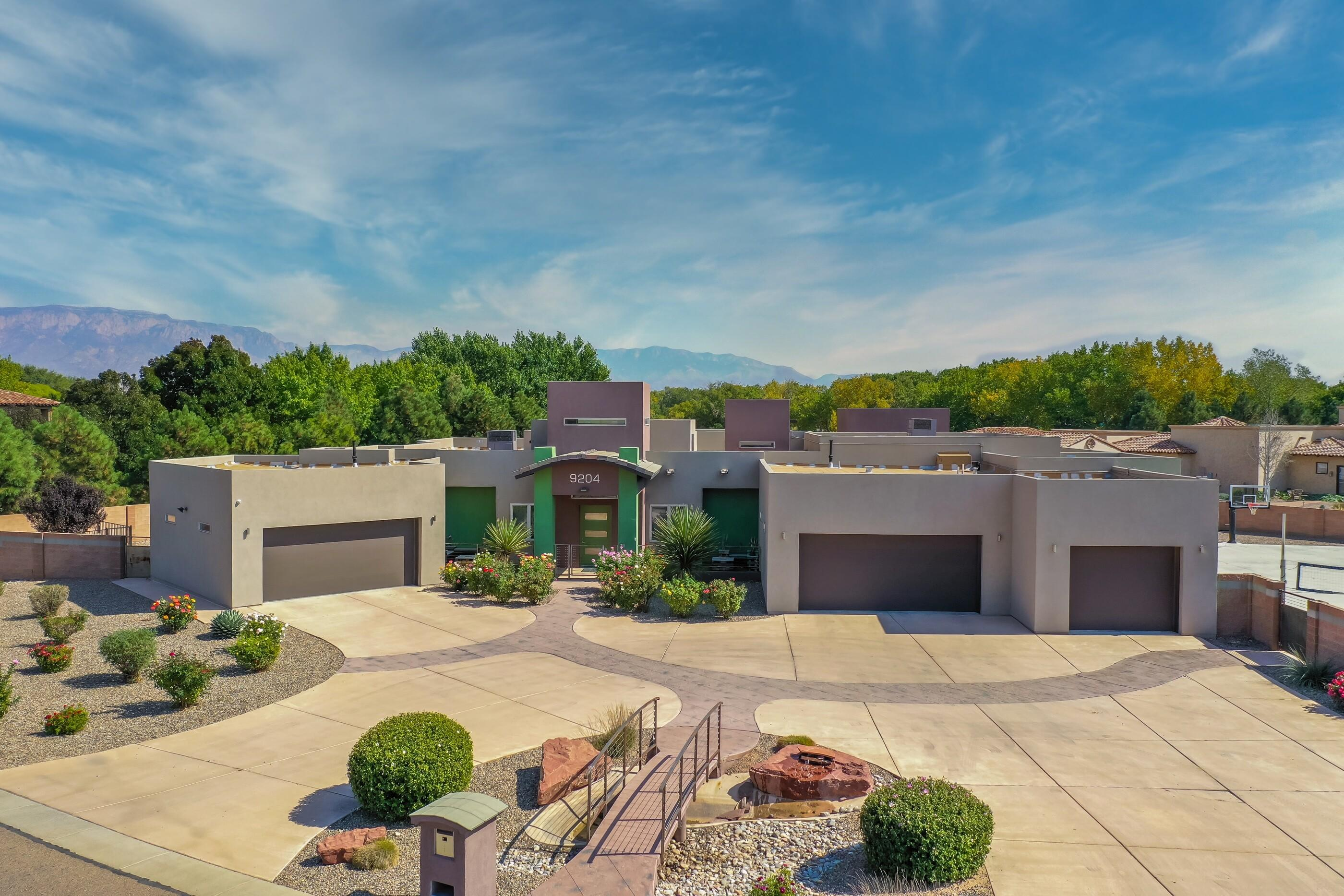 9204 Black Farm Lane NW Property Photo - Albuquerque, NM real estate listing