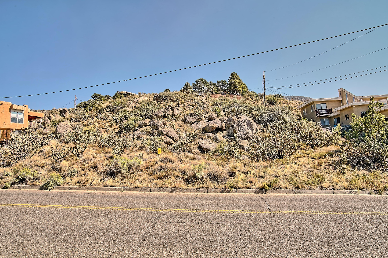 13332 Sunset Canyon Drive NE Property Photo - Albuquerque, NM real estate listing