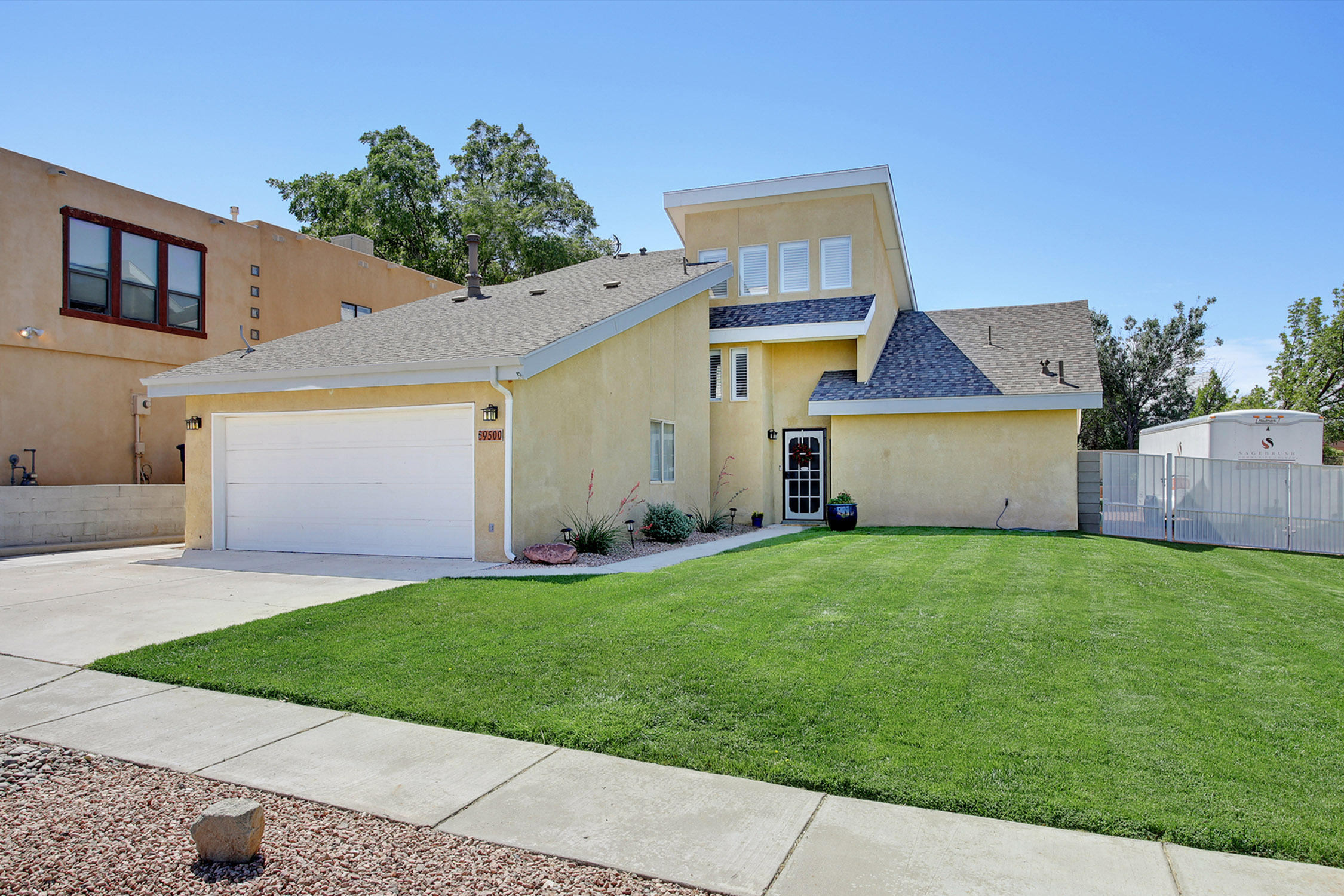 9500 GIDDINGS Avenue NE Property Photo - Albuquerque, NM real estate listing