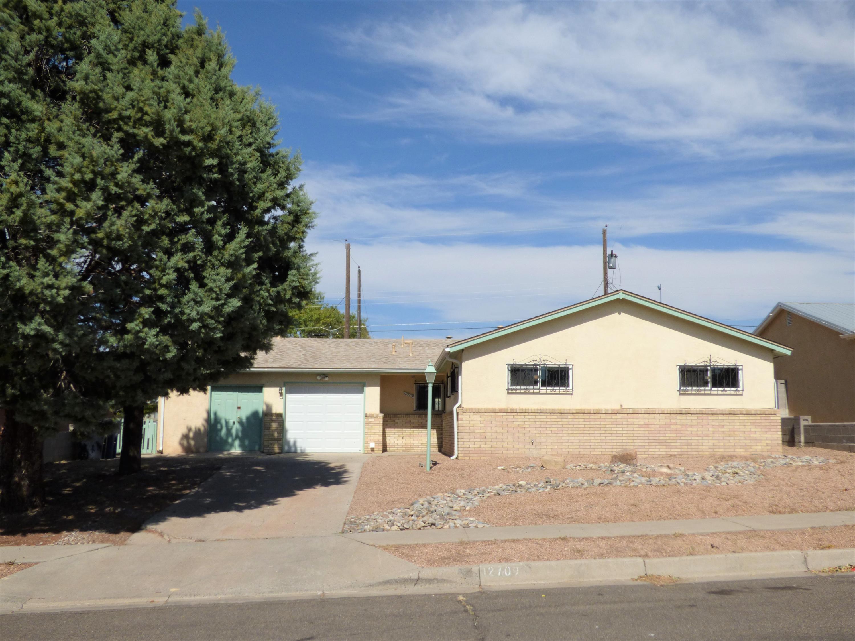 12709 Turquoise Avenue Ne Property Photo