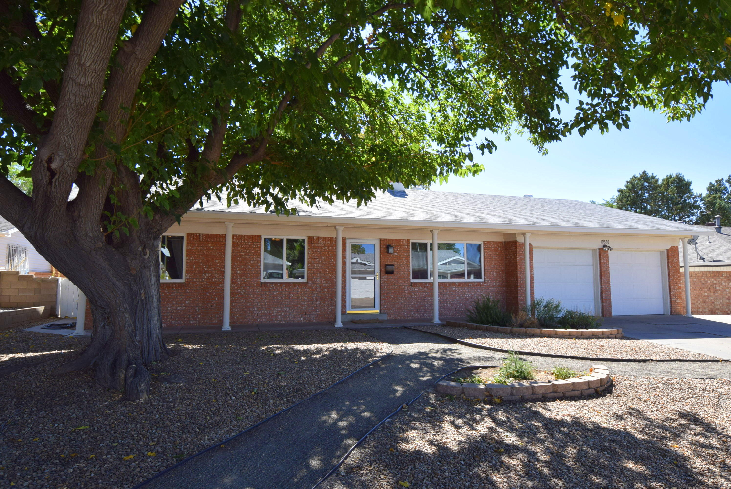 10520 CHAPALA Place NE Property Photo - Albuquerque, NM real estate listing