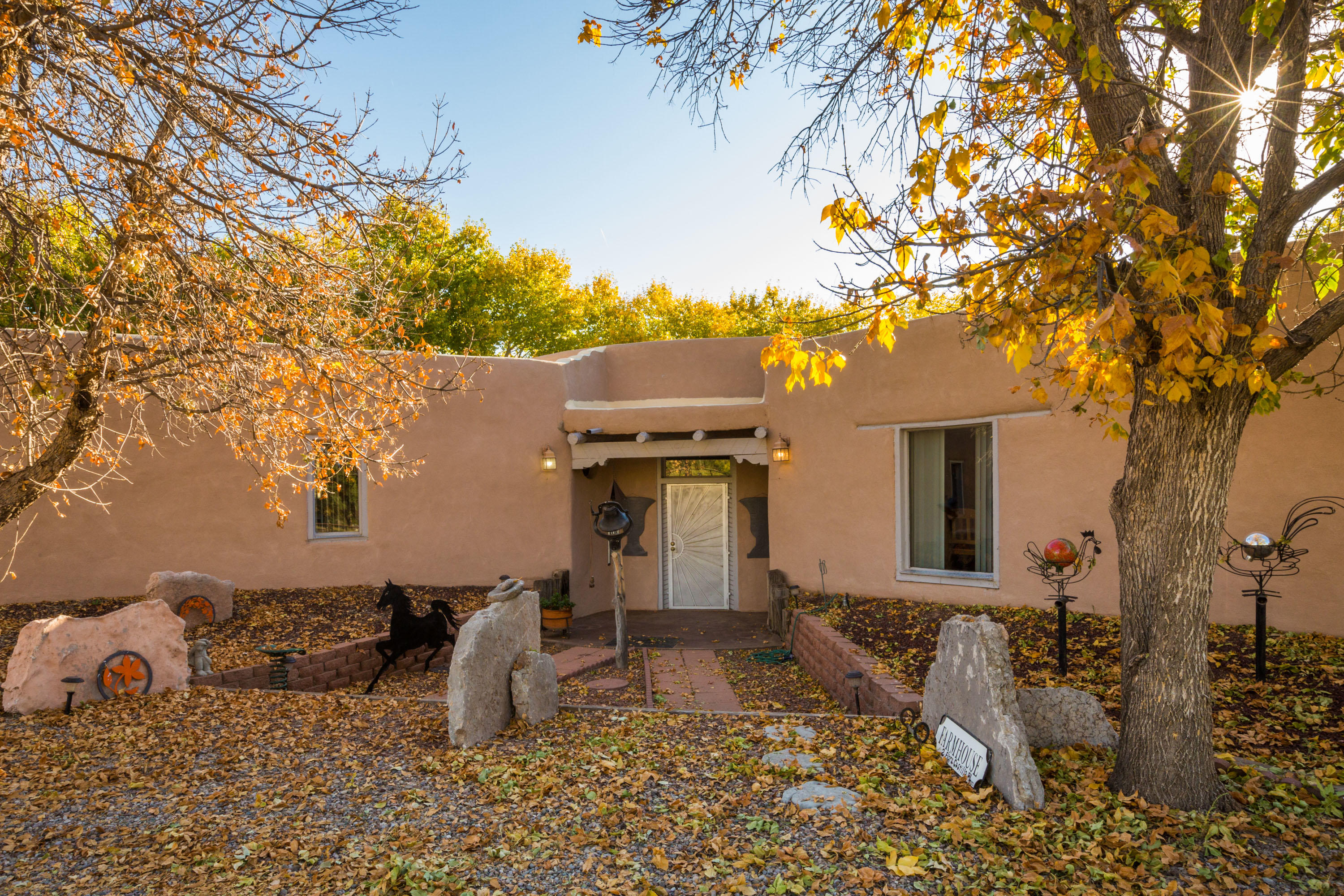 2 FLORA CASTILLO Place Property Photo - Belen, NM real estate listing