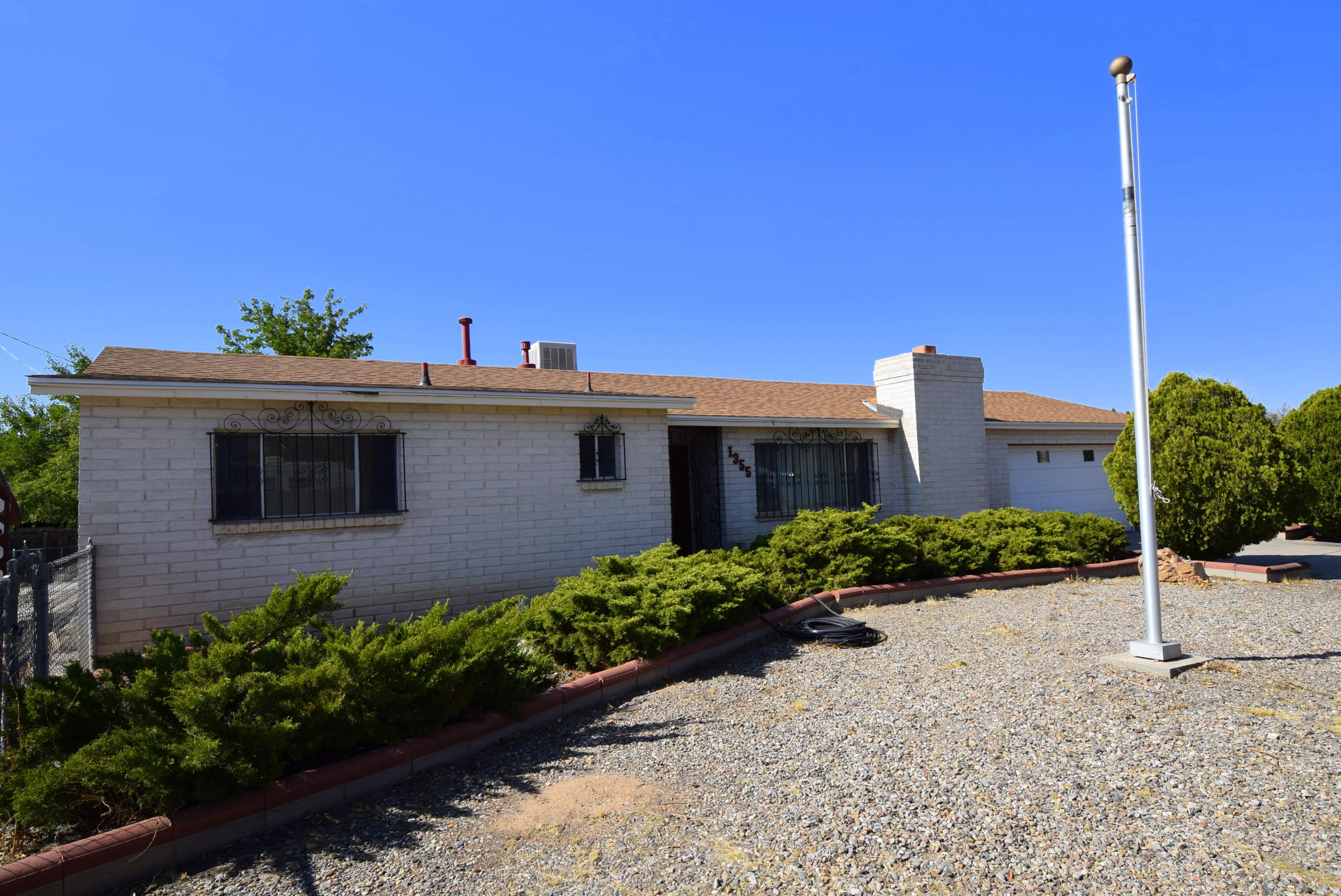 1355 SARA Road SE Property Photo - Rio Rancho, NM real estate listing