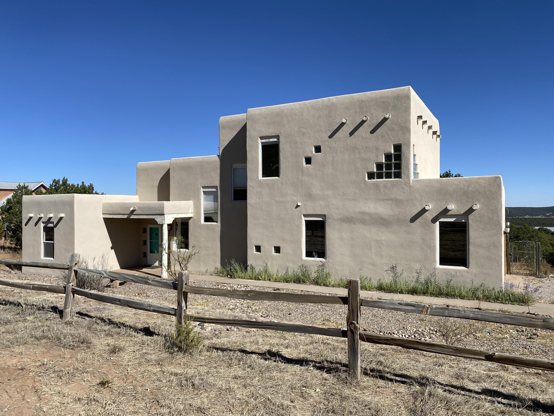 52 Western Saddle Drive Property Photo
