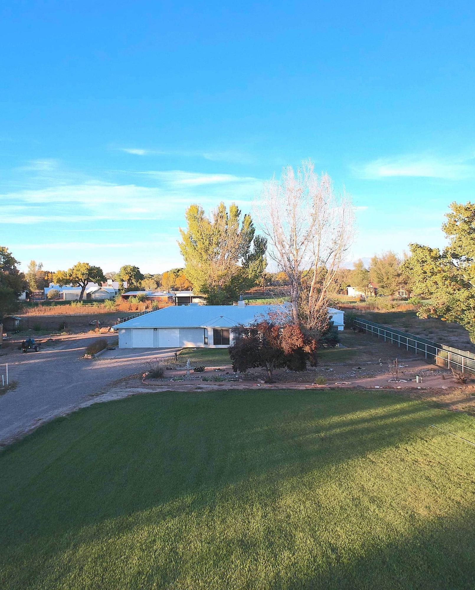 17 SUNFLOWER Lane Property Photo - Peralta, NM real estate listing