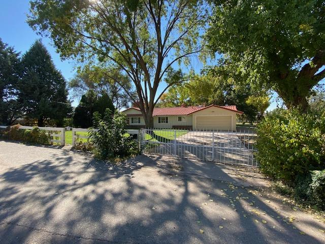 195 MORRISON Drive Property Photo - Bosque Farms, NM real estate listing