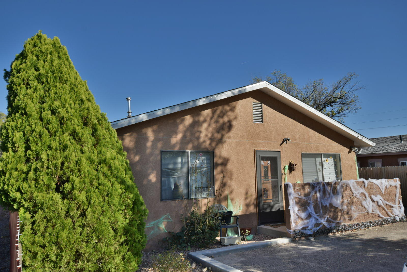 610 Jefferson Street NE Property Photo - Albuquerque, NM real estate listing