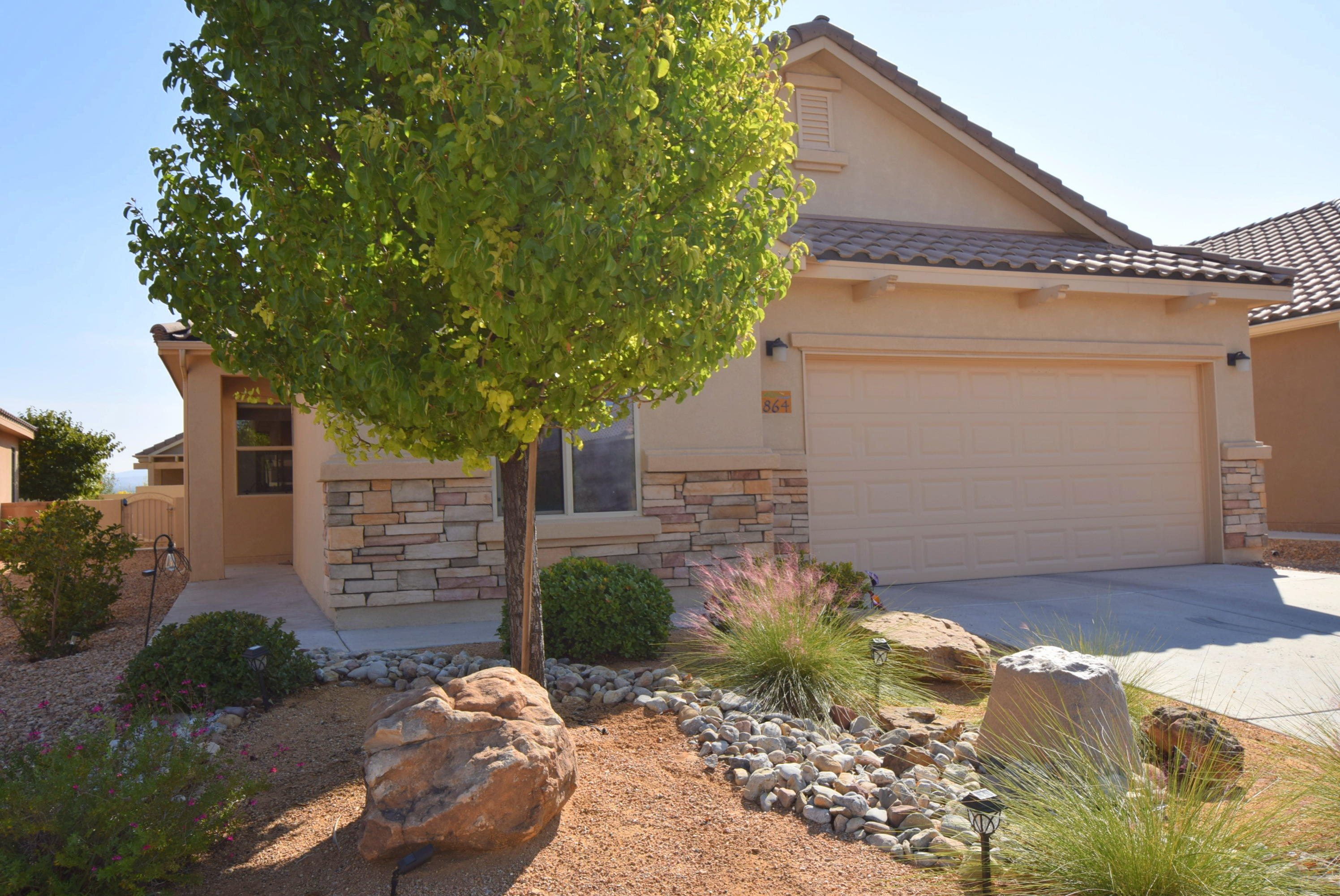 864 GOLDEN YARROW Trail Property Photo - Bernalillo, NM real estate listing