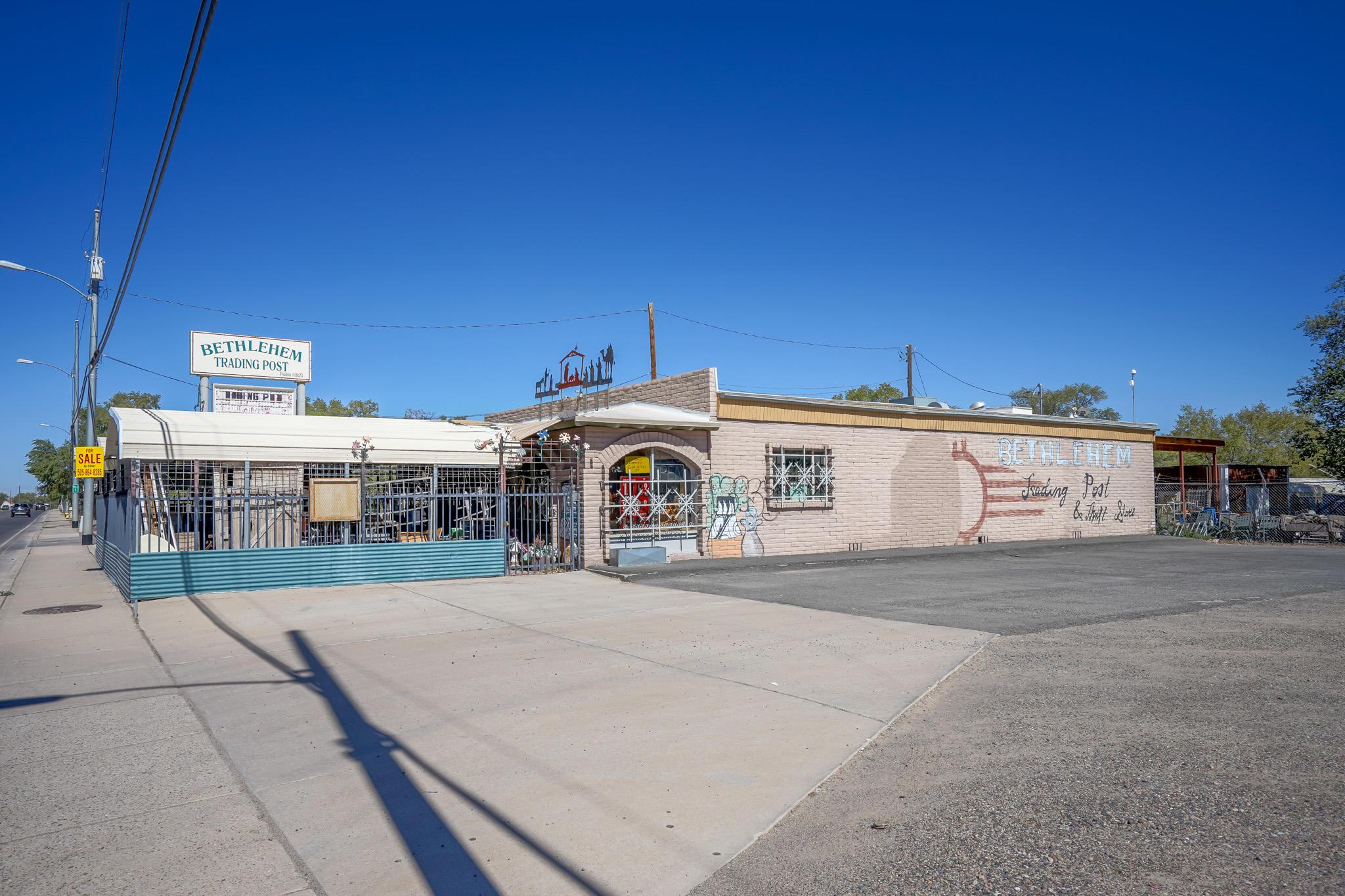 1300 S Main Street Property Photo