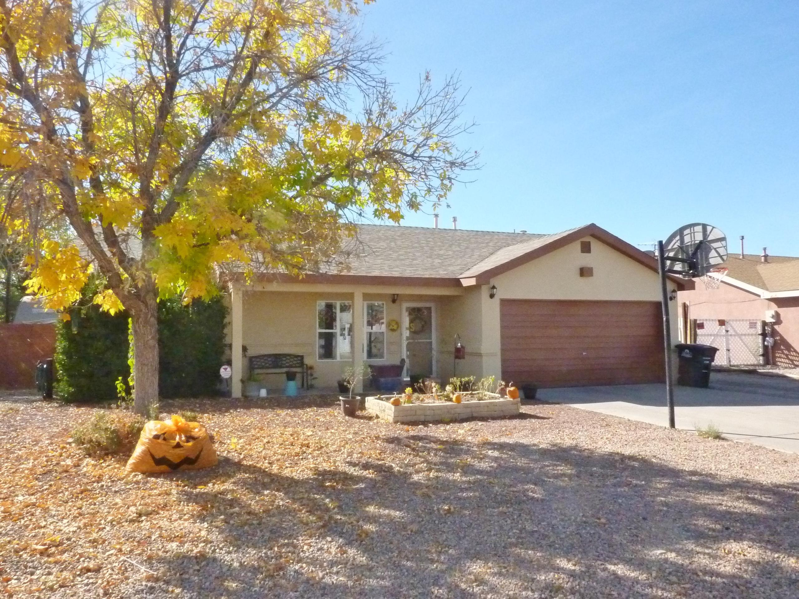 14 TIMOTHY Drive Property Photo - Los Lunas, NM real estate listing