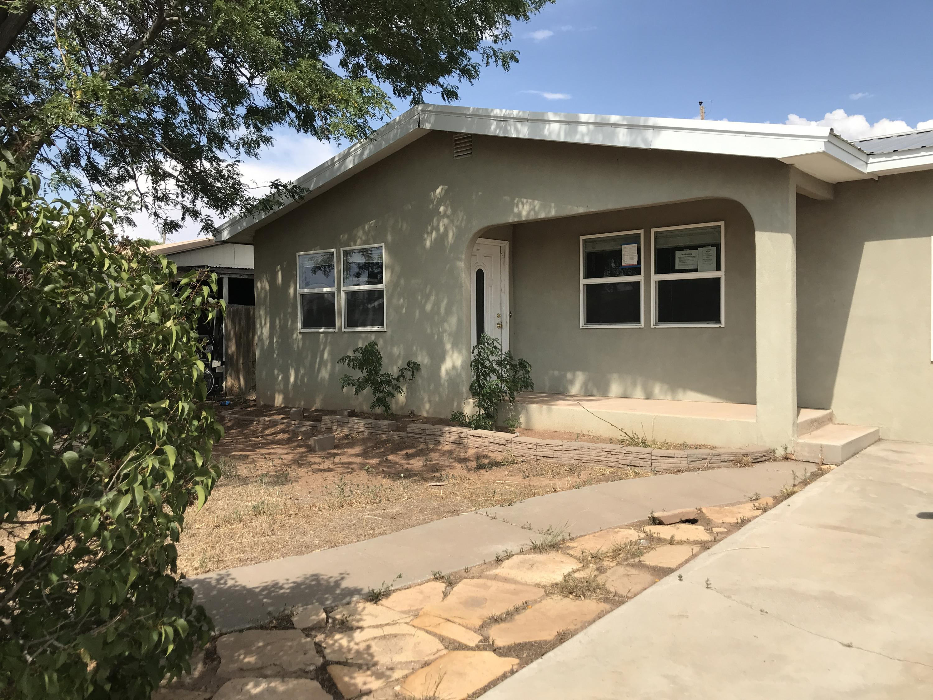 1400 Pinon Drive Drive Property Photo - Grants, NM real estate listing
