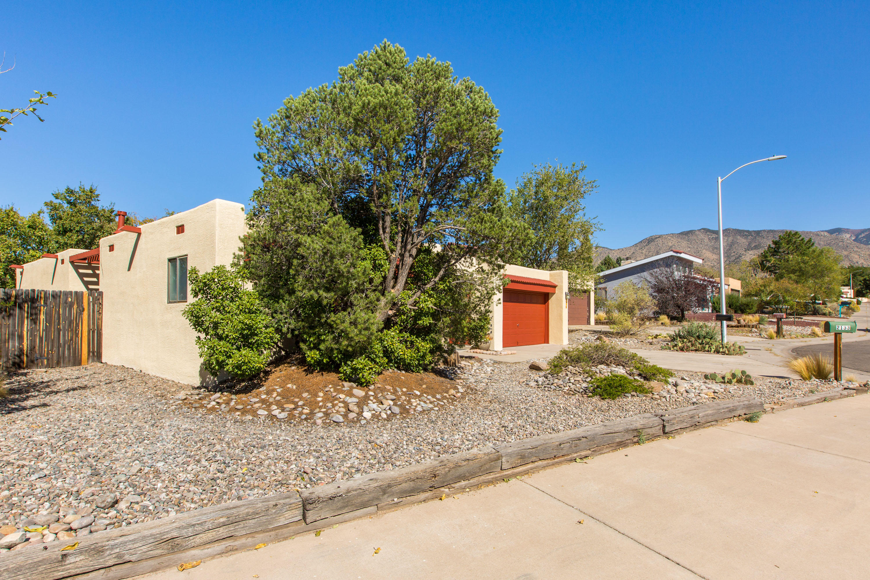 2137 BRENTWOOD PARK Drive NE Property Photo - Albuquerque, NM real estate listing