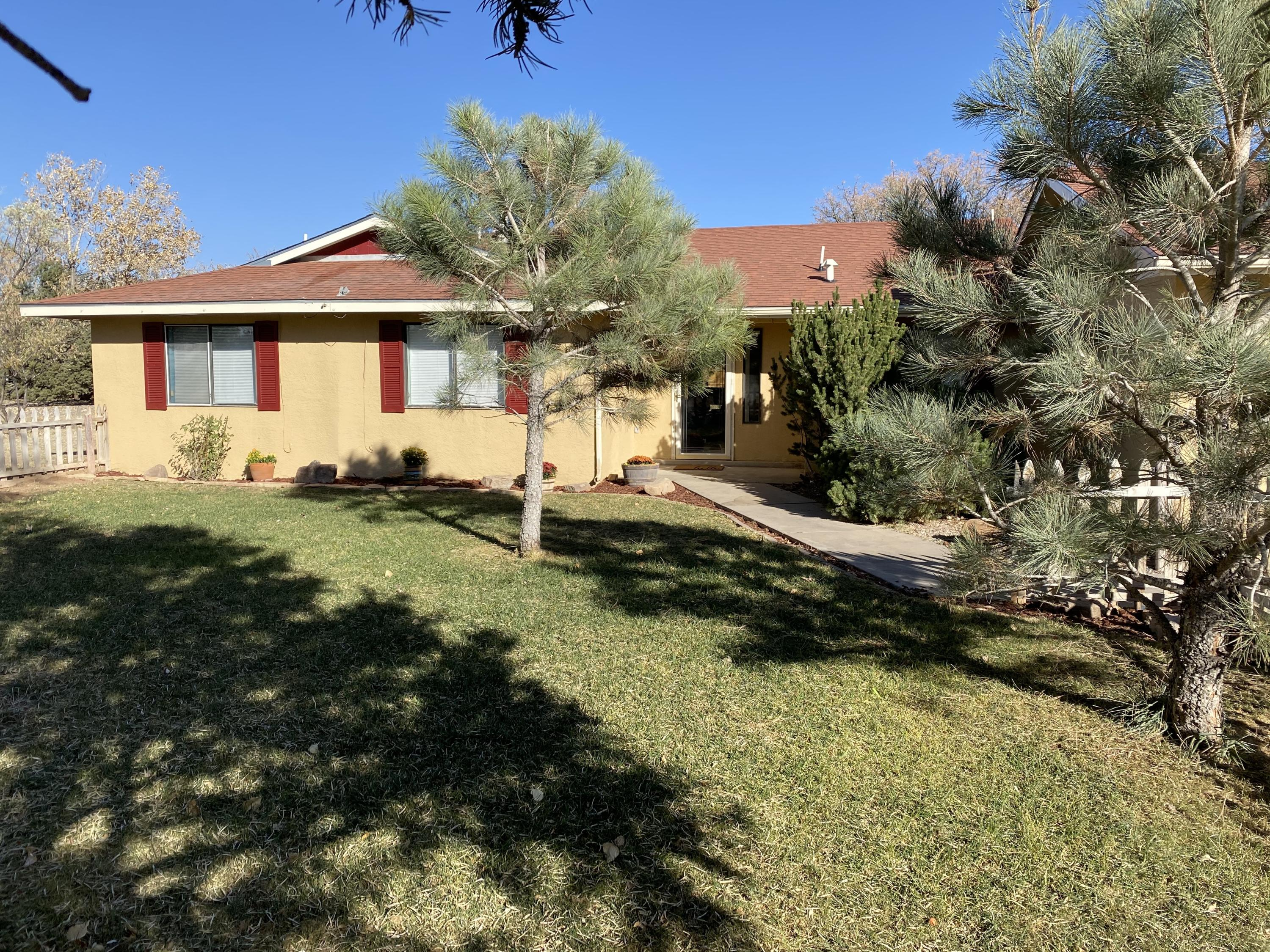3 FARMERS Lane Property Photo - Moriarty, NM real estate listing